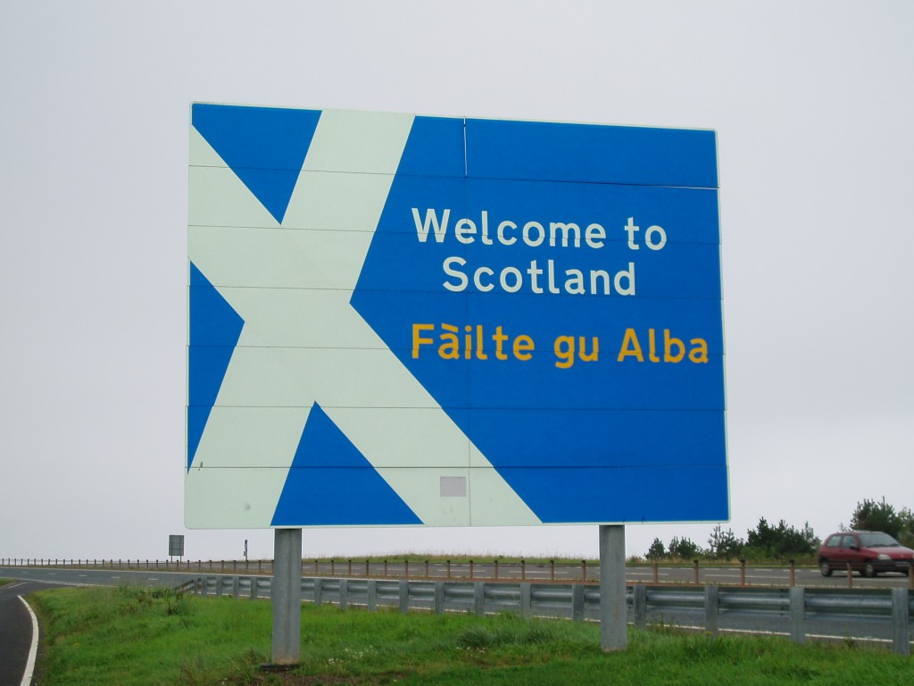 Welcome_to_Scotland_sign_A1_road